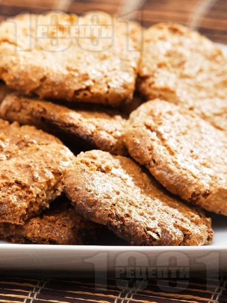 Лесни домашни сладки - ореховки - снимка на рецептата